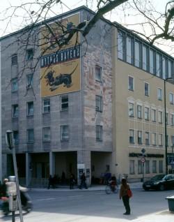 Kaufhaus Uhlfelder, 2005 (C-Print 80 x 100)