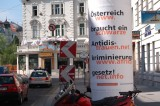 Arbeiten gegen Rassismen (Working against racism), Public space, Vienna 2005